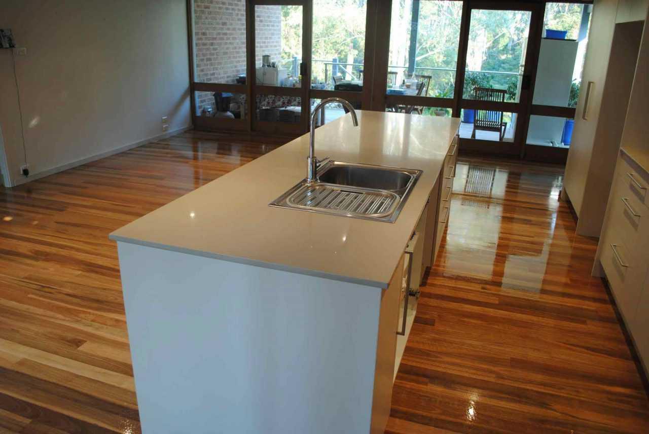 Modern Kitchen Timber Floor